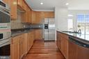Gourmet Kitchen - 43666 CHICACOAN CREEK SQ, LEESBURG