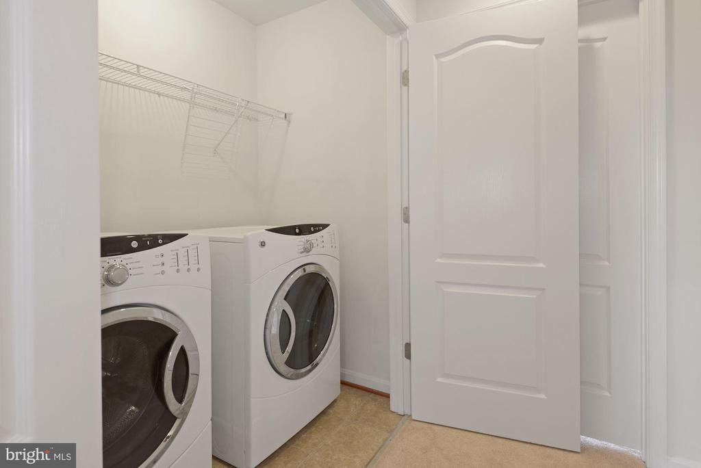 Laundry - 43666 CHICACOAN CREEK SQ, LEESBURG