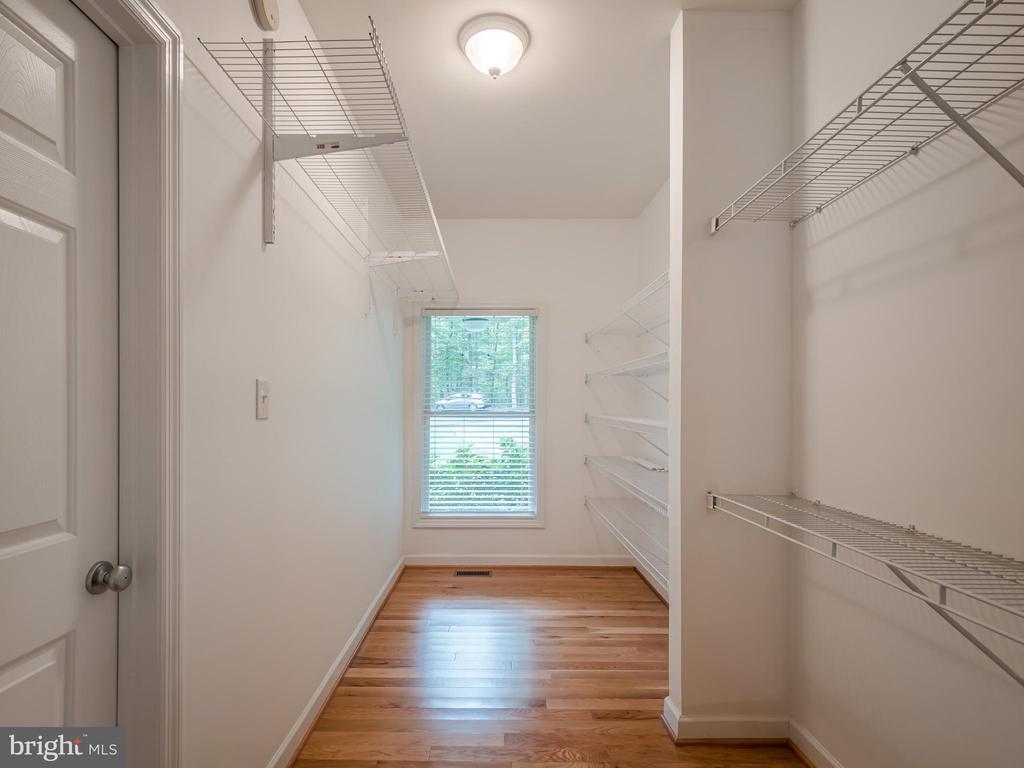 Huge Walk in Closet - 32420 GADSDEN LN, LOCUST GROVE