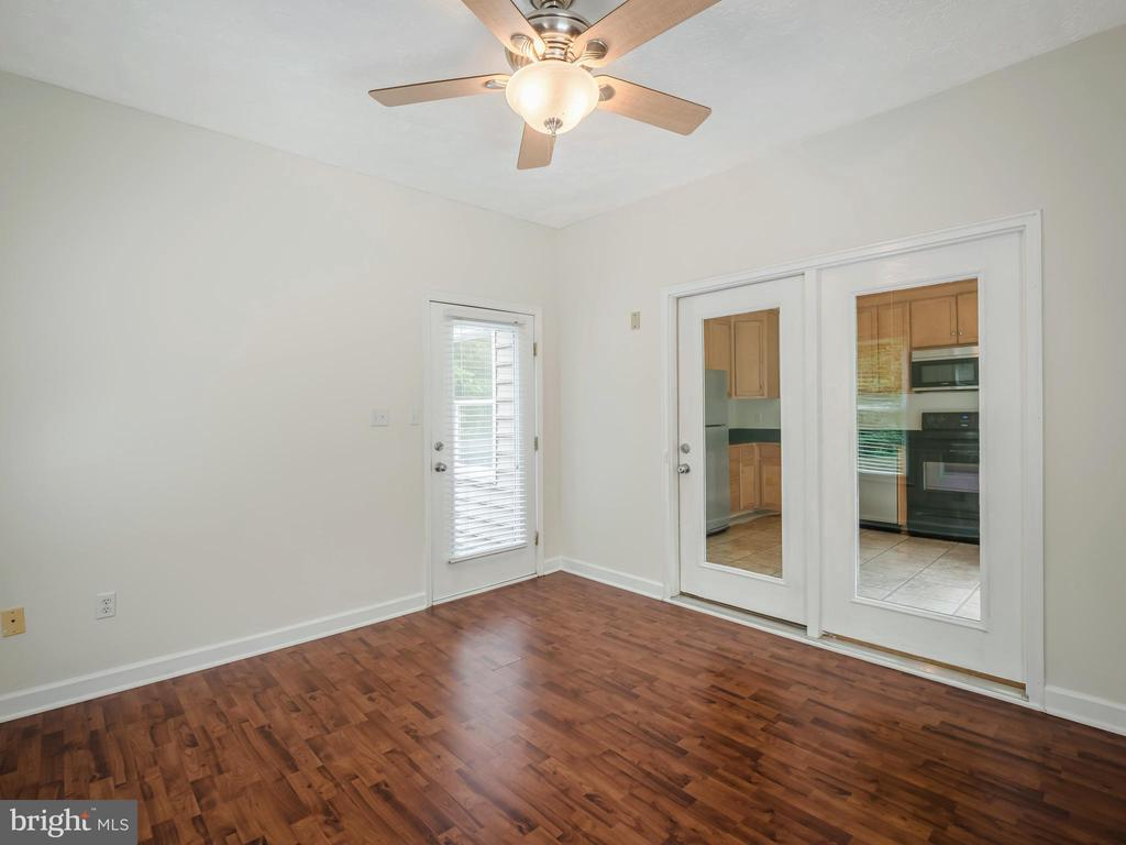 Private Apartment Family Room - 32420 GADSDEN LN, LOCUST GROVE