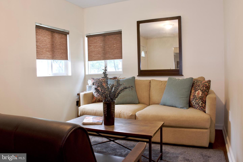 Single Family Homes per Vendita alle ore Cheverly, Maryland 20785 Stati Uniti