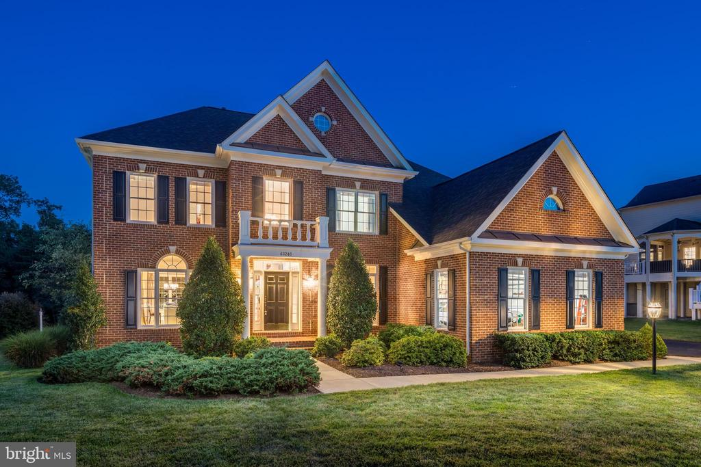 Beautiful Brick Front Curb Appeal - 3 car garage. - 43246 PARKERS RIDGE DR, LEESBURG