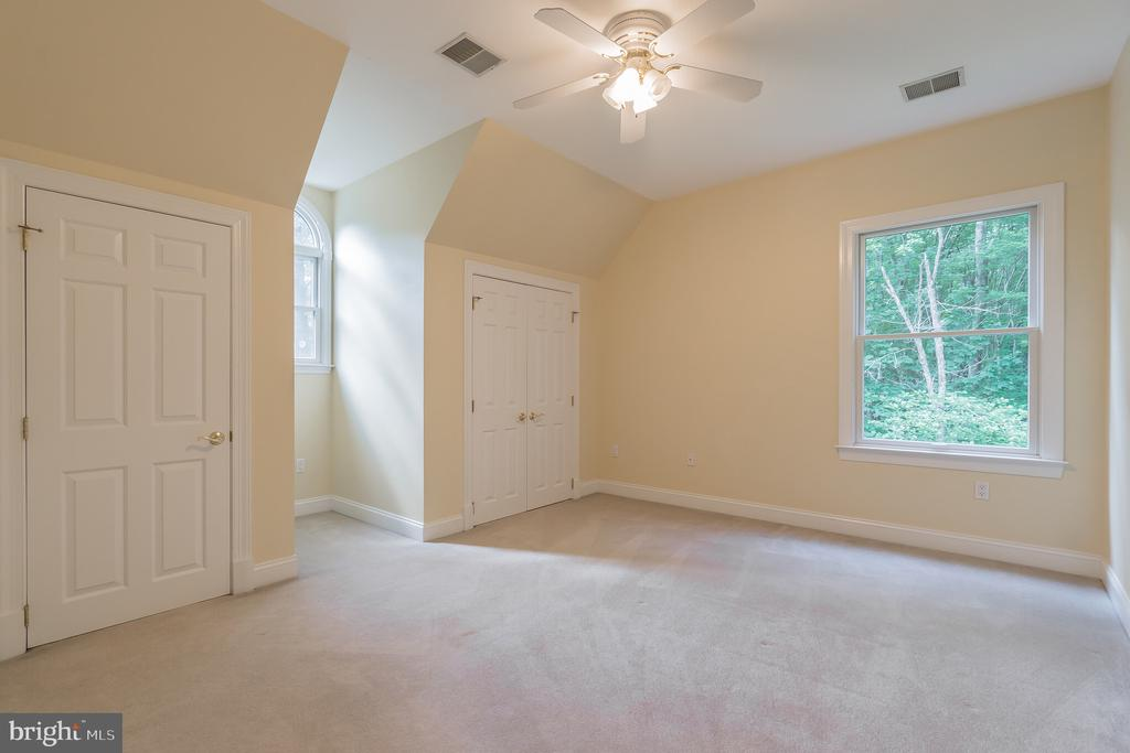 Bedroom - 5229 GRIFFITH RD, GAITHERSBURG