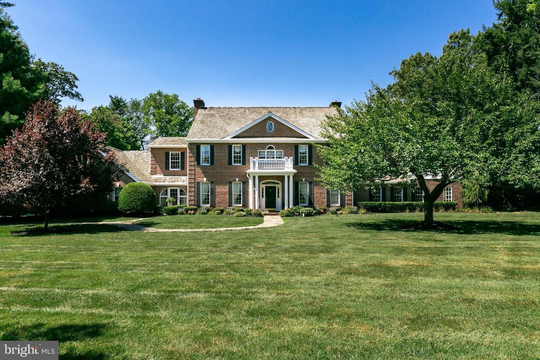 Single Family Homes для того Продажа на Moorestown, Нью-Джерси 08057 Соединенные Штаты