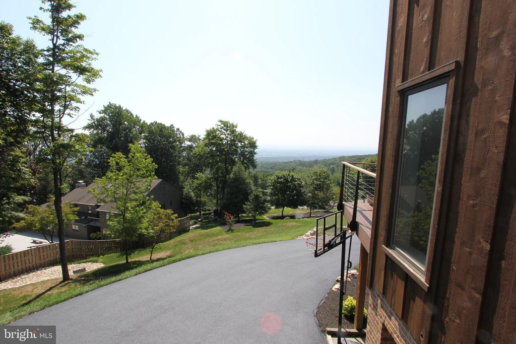 View from side deck - 5520 BOOTJACK DR, FREDERICK