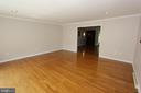 Living room, view 3 - 5520 BOOTJACK DR, FREDERICK