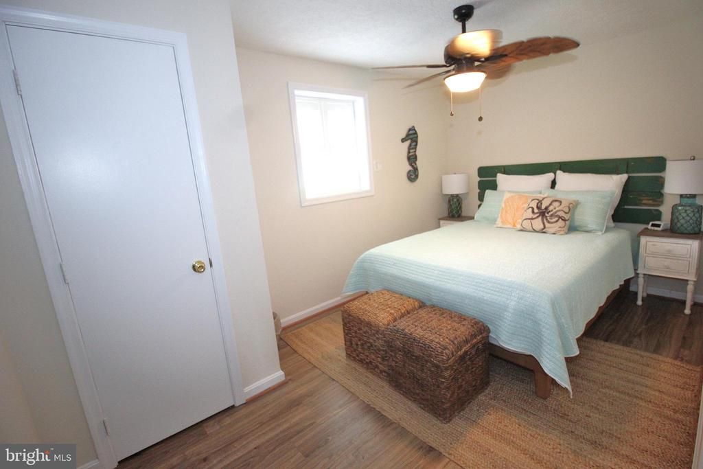 Cozy Bedroom - 15908 DAYS BRIDGE RD, MINERAL