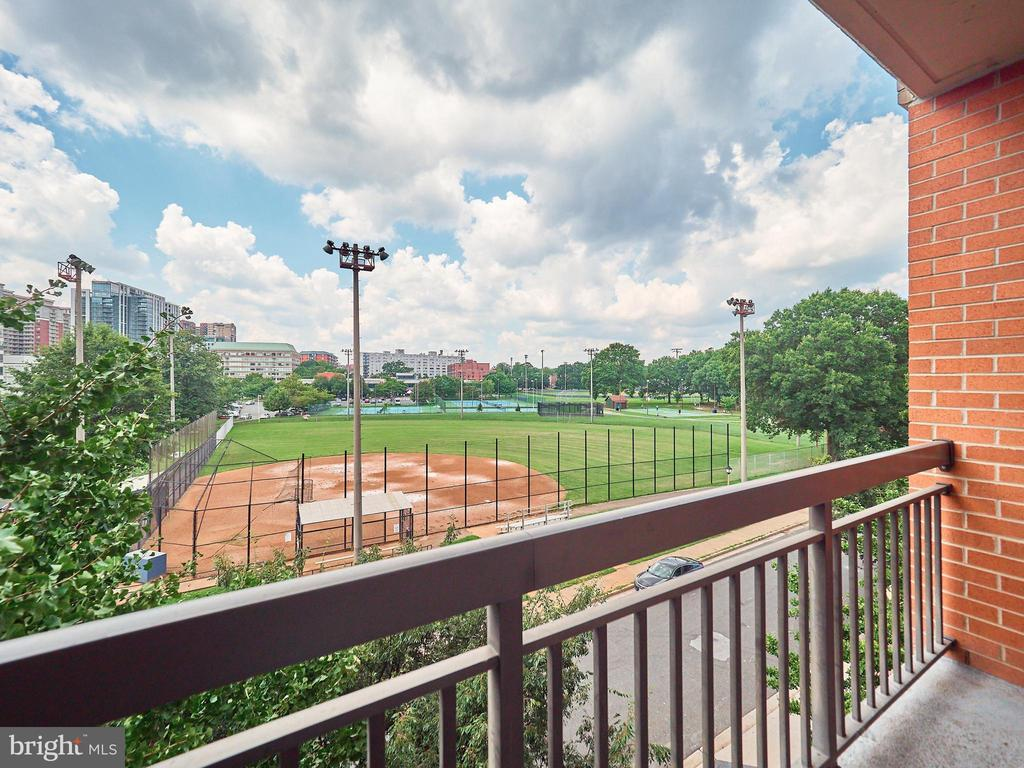 Master Bed Balcony for private relaxing views - 3625 10TH ST N #408, ARLINGTON