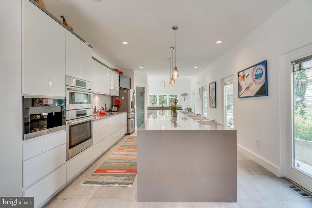 Natural light bathes this dreamy kitchen in warmth - 13814 ALDERTON RD, SILVER SPRING