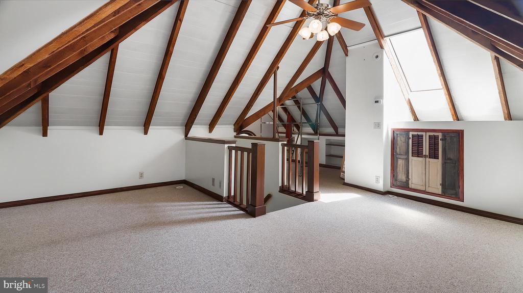 Upper level 2 - 6404 WASHINGTON BLVD, ARLINGTON