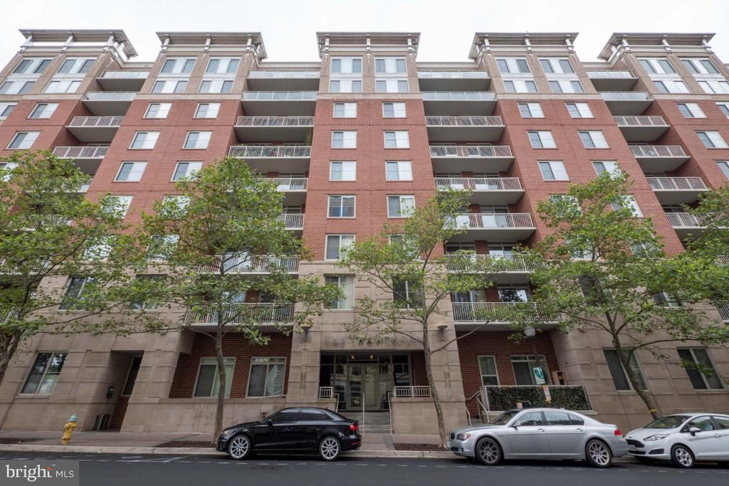 Welcome Home ! - 820 N POLLARD ST #603, ARLINGTON