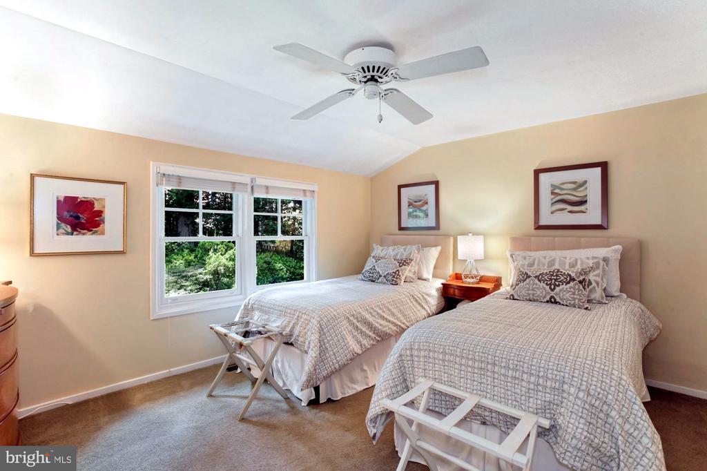 3RD BEDROOM OVERLOOKING WATERFALL - 9500 WOODSTOCK CT, SILVER SPRING