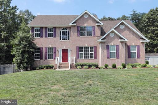 15935 POINTE MEADOW CT