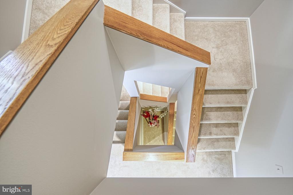 Staircase - 11517 TURNBRIDGE LN, RESTON