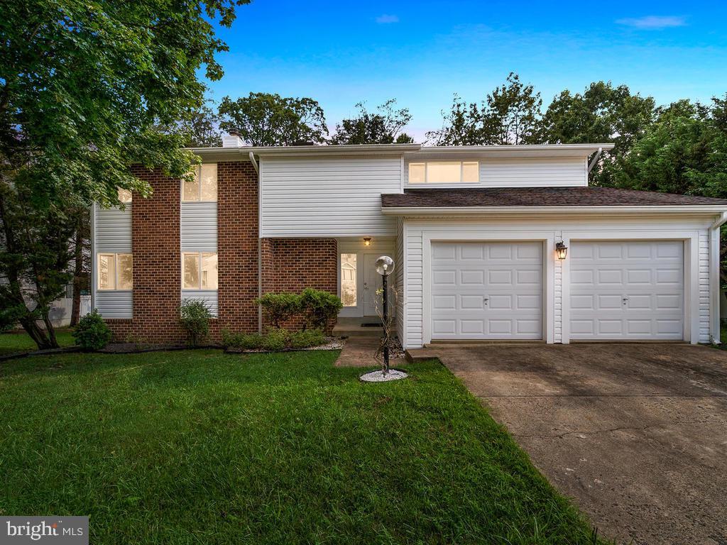 Single Family Homes pour l Vente à Dunn Loring, Virginia 22027 États-Unis