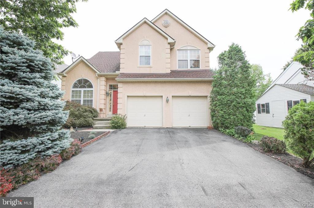 Single Family Homes for Sale at Allentown, Pennsylvania 18104 United States