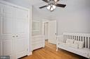 2nd upstairs bedroom with big closet - 3616 ARLINGTON BLVD, ARLINGTON