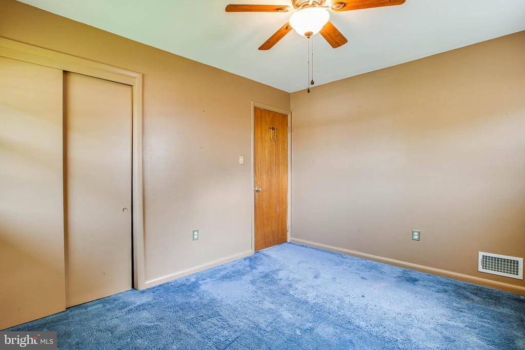 Bedroom 3 - 6920 RUSKIN ST, SPRINGFIELD