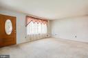Living Room - 6920 RUSKIN ST, SPRINGFIELD