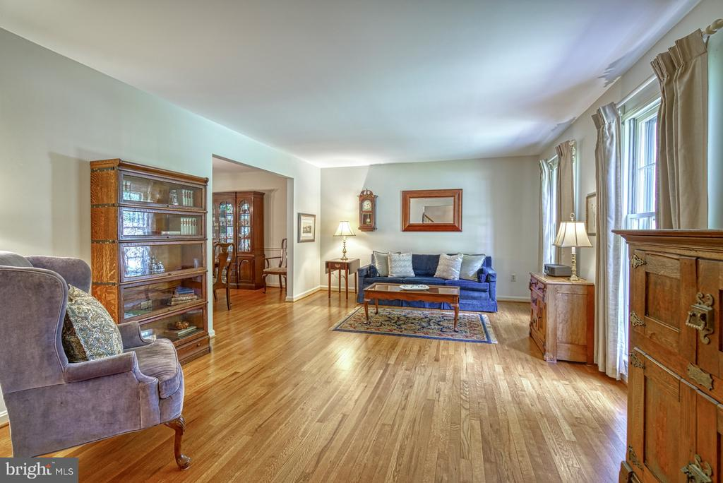 Hardwood floors throughout entire home - 8415 FROST WAY, ANNANDALE