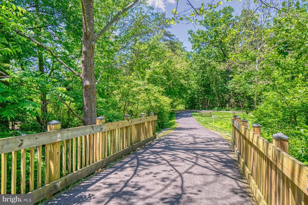 Reston Association Walking Paths - 11517 TURNBRIDGE LN, RESTON