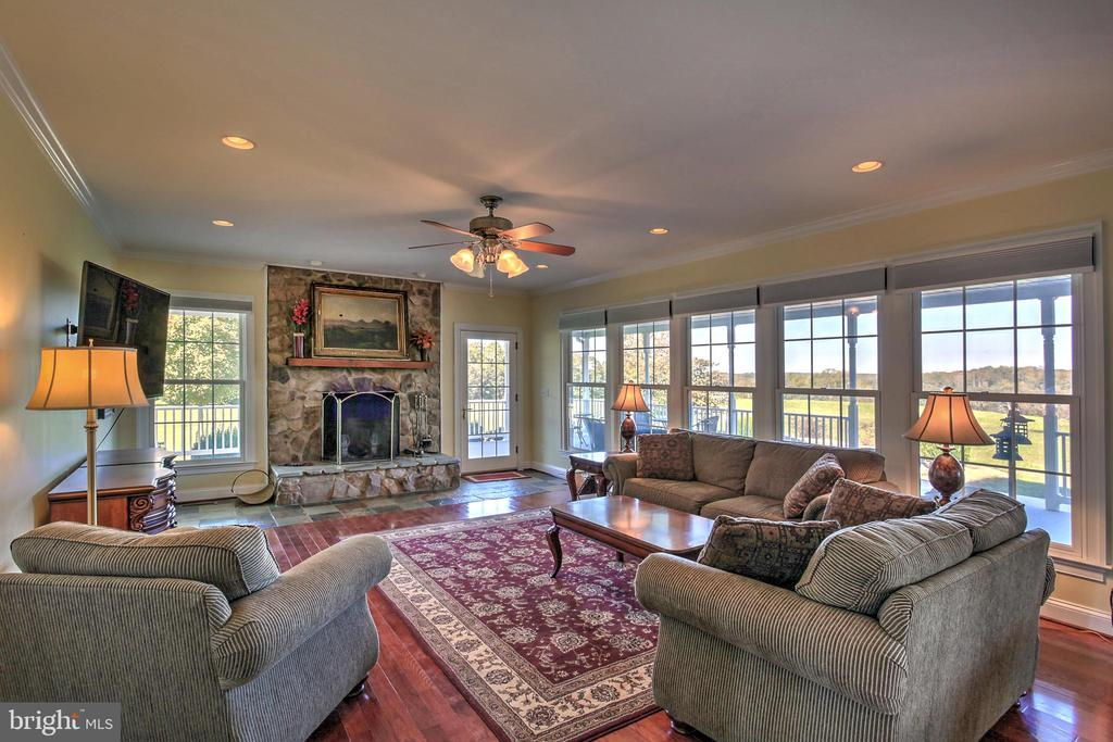 Family Room with stone fireplace - 2921 DUCKER DR, LOCUST GROVE