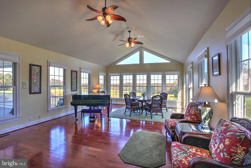 Great Room overlooking farm easterly - 2921 DUCKER DR, LOCUST GROVE