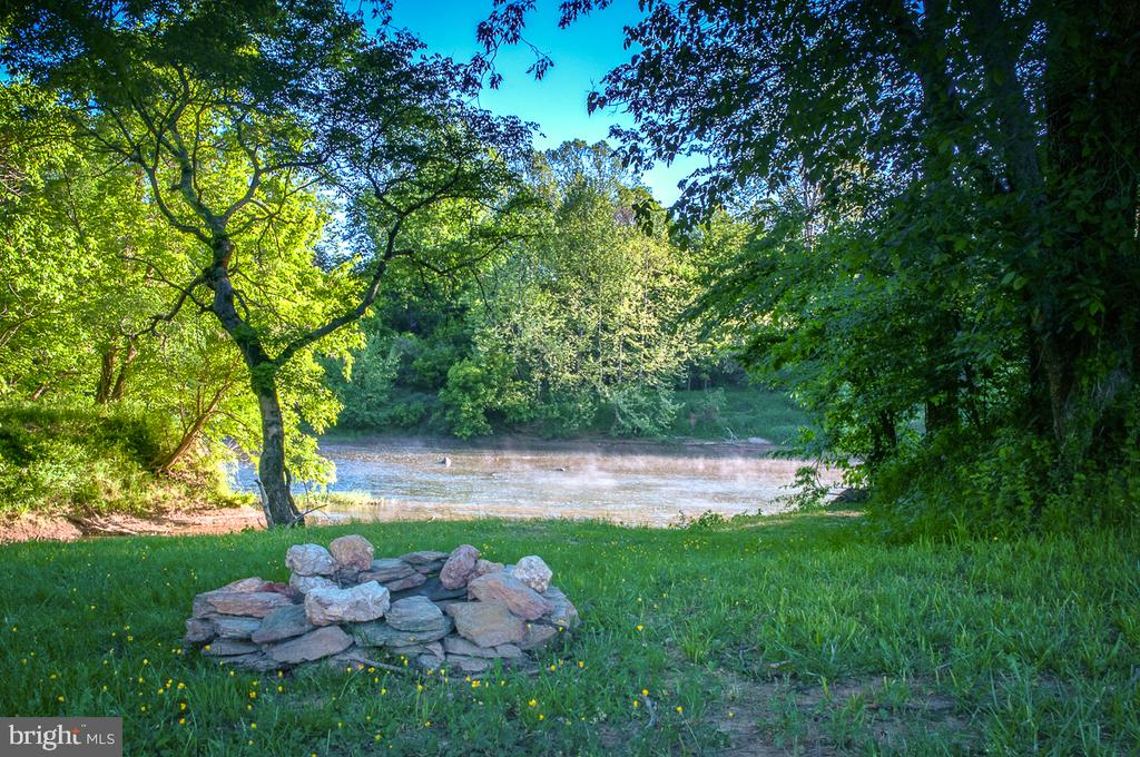 Picnic along the Rapidan - 2921 DUCKER DR, LOCUST GROVE