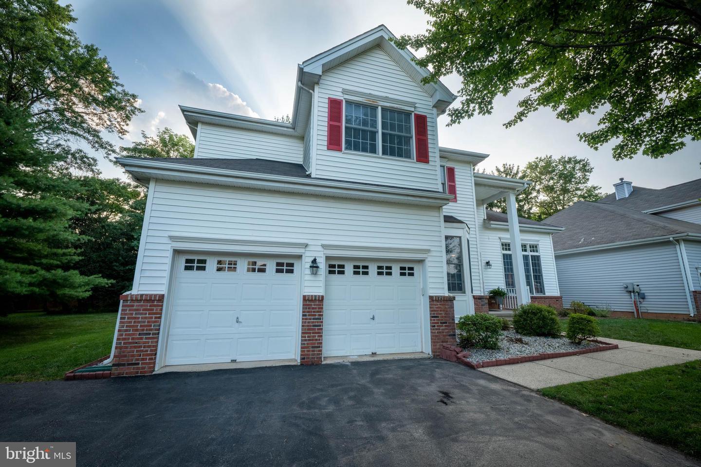 Single Family Homes para Venda às Flemington, Nova Jersey 08822 Estados Unidos