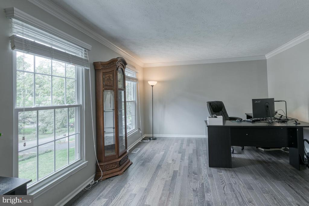Formal living or office, your choice:) - 3006 LUSITANIA DR, STAFFORD