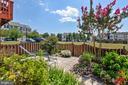 Beautiful backyard tht back to common area! - 43496 GREENWICH SQ, ASHBURN