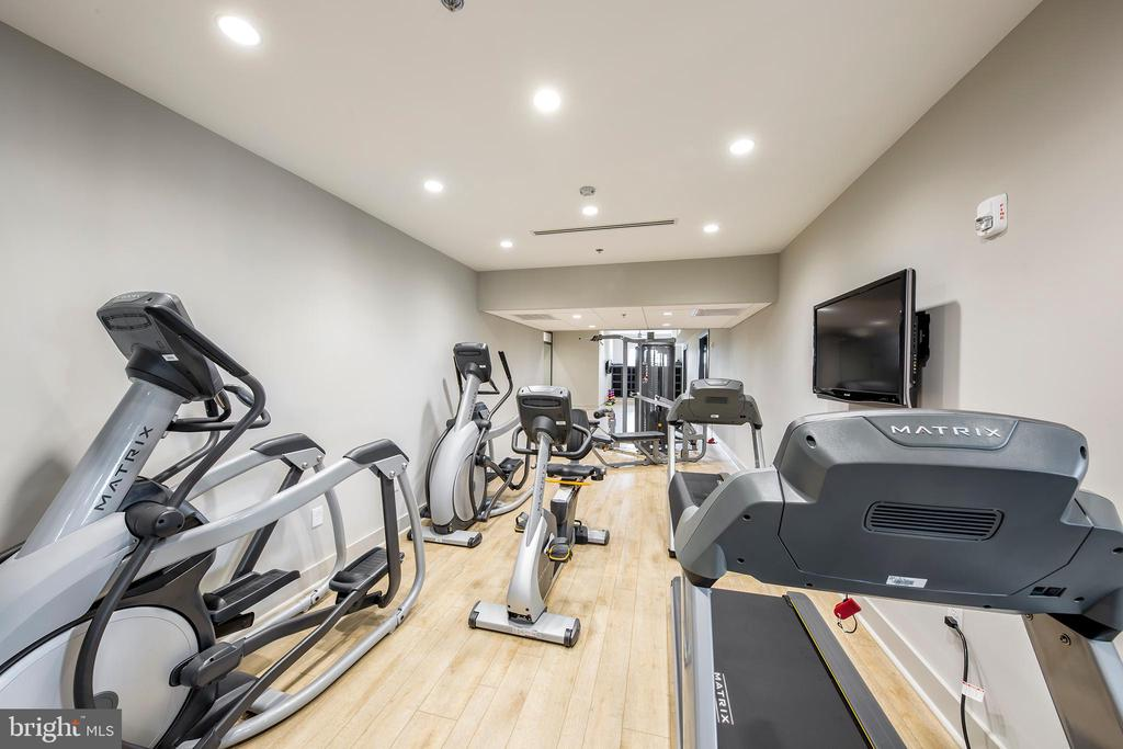 Fitness Center - 22983 WORDEN TER, BRAMBLETON