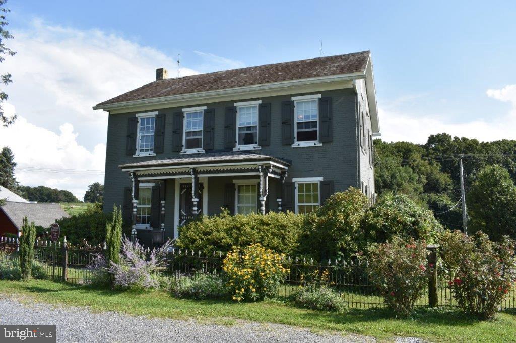 Single Family Homes vì Bán tại Kutztown, Pennsylvania 19530 Hoa Kỳ