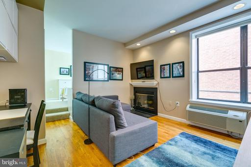 2145 CALIFORNIA ST NW #203