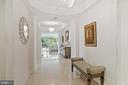Gracious entry foyer - 5630 WISCONSIN AVE #905, CHEVY CHASE