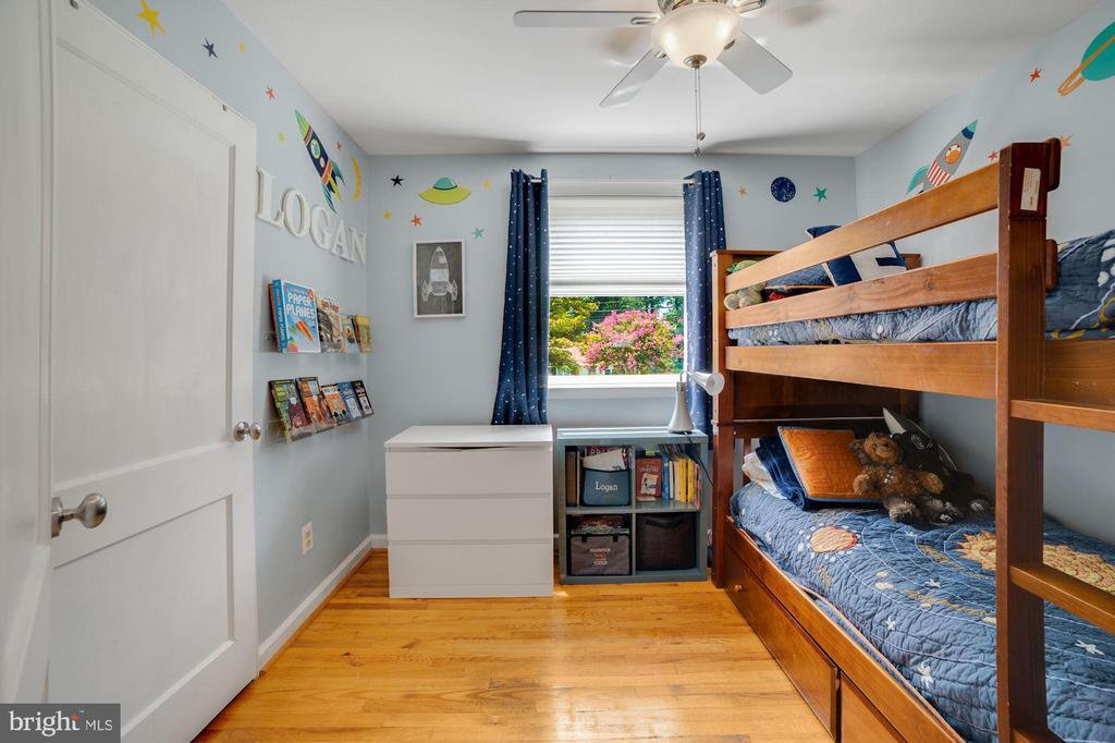Bedroom #3 - Hardwood Floors! - 7326 RONALD ST, FALLS CHURCH