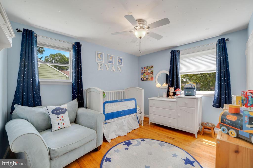 Bedroom #2 - Hardwood Floors! - 7326 RONALD ST, FALLS CHURCH
