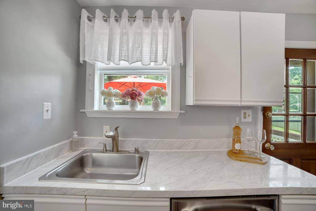 Lovely Back Yard Views from Window Above Sink! - 7326 RONALD ST, FALLS CHURCH