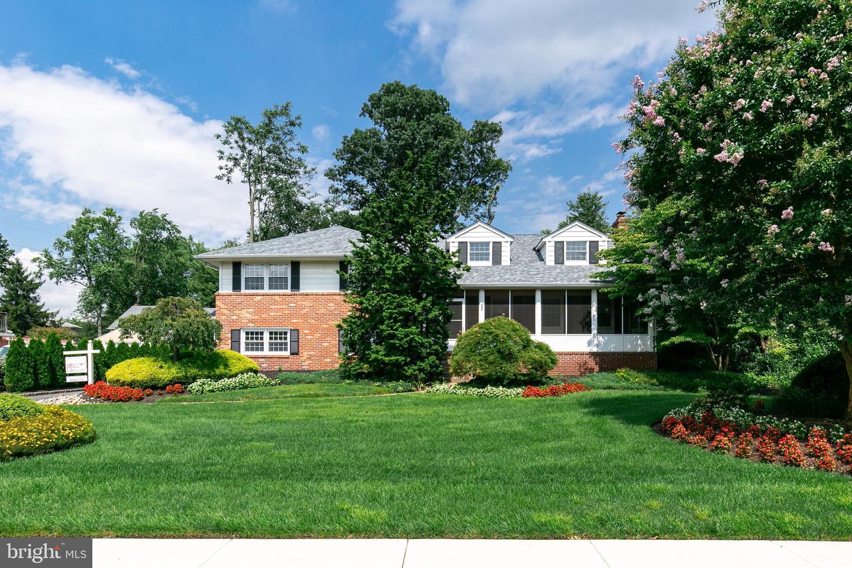 Single Family Homes для того Продажа на Cinnaminson, Нью-Джерси 08077 Соединенные Штаты