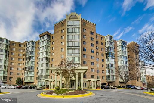 3005 S LEISURE WORLD BLVD #405