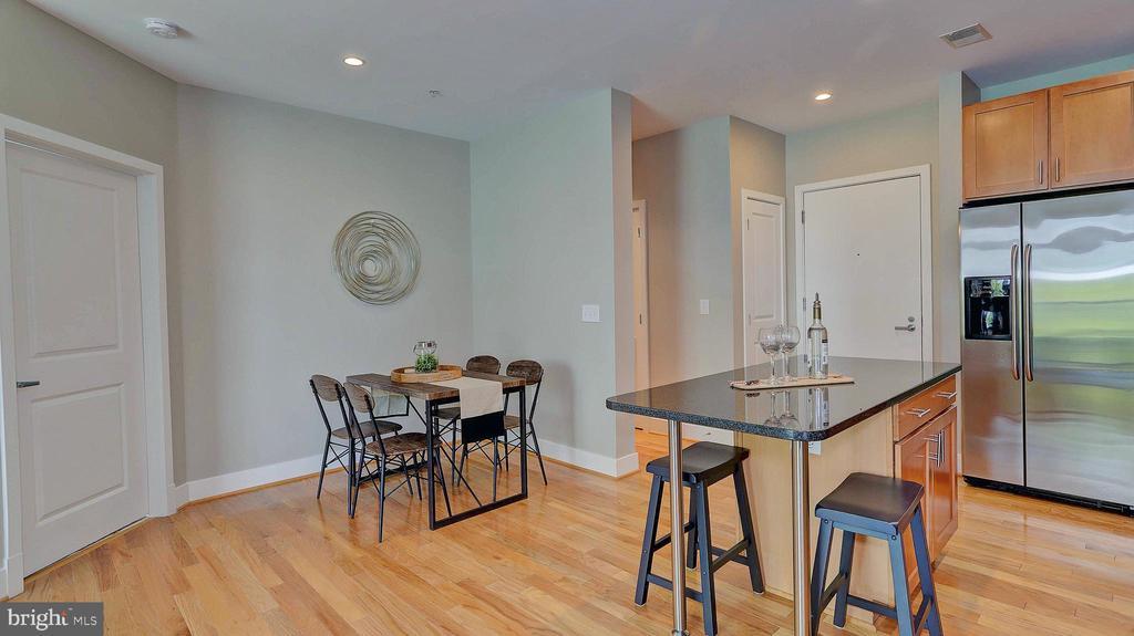 Living and dining area - 1800 WILSON BLVD #235, ARLINGTON