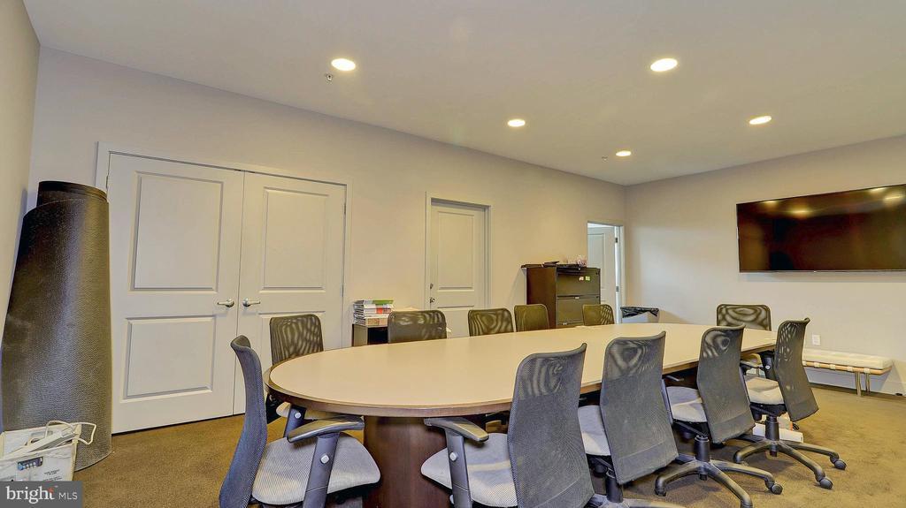 Meeting room off lobby - 1800 WILSON BLVD #235, ARLINGTON