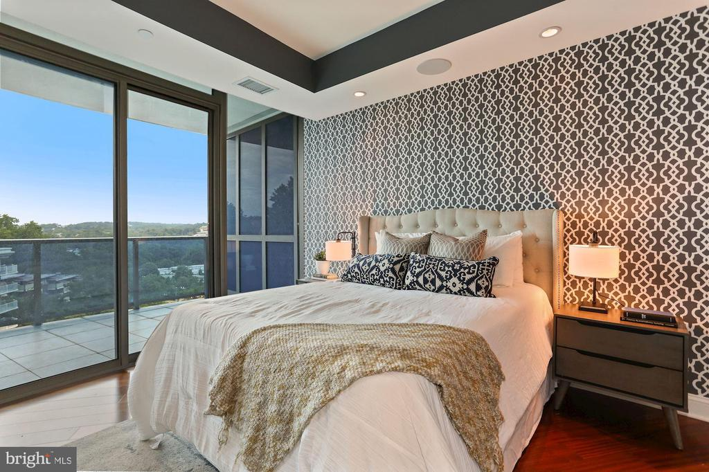 Bedroom #2 with En Suite Bath - 1881 N NASH ST #810, ARLINGTON