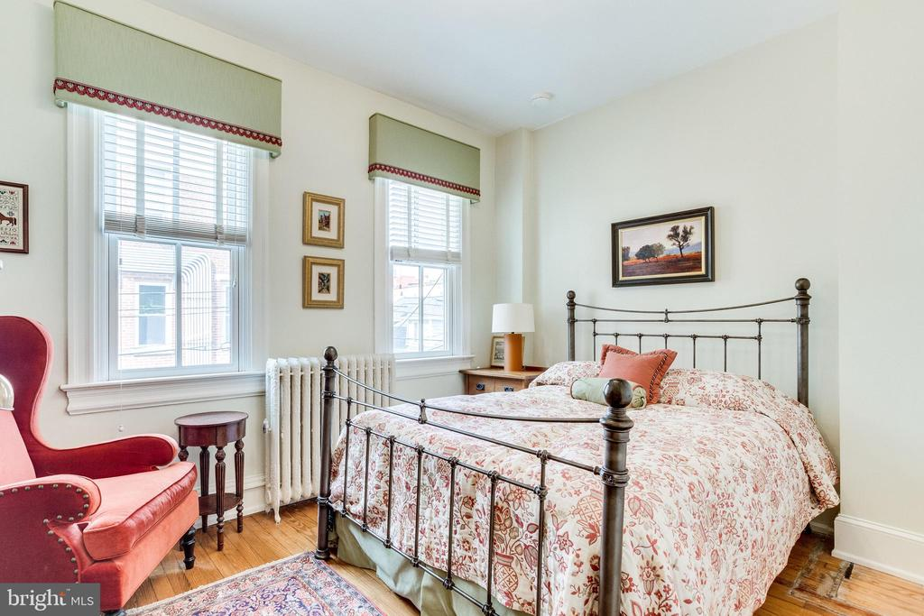 GUEST BEDROOM - 1919 S ST NW, WASHINGTON