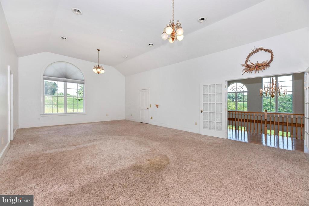Master bedroom suite and 2nd floor elevator home. - 7030 DRUMMINE RD, MOUNT AIRY