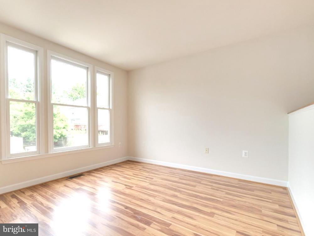 Living Room - 255 TOWN BRANCH TER SW, LEESBURG