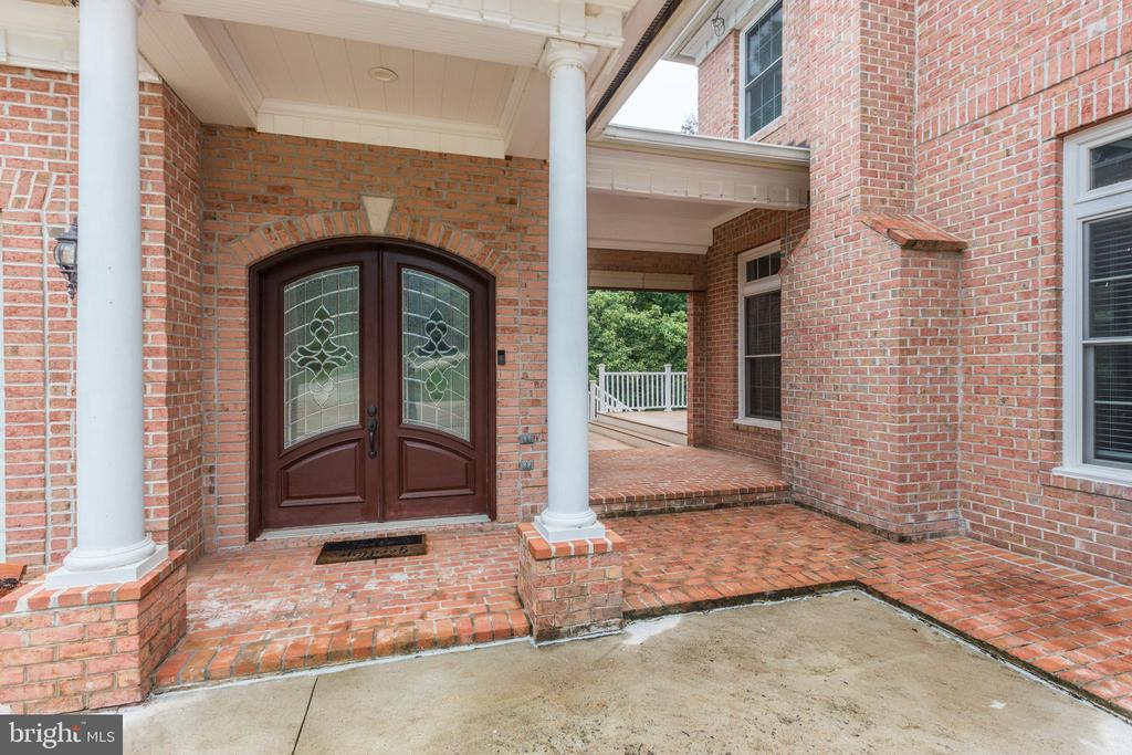 Let's Get Ready to View Inside! - 11400 ALESSI DR, MANASSAS