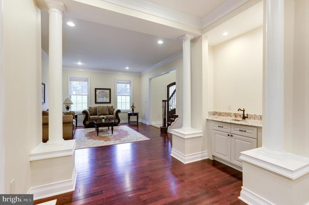Hand Cleaning area looking from the Dining Room! - 11400 ALESSI DR, MANASSAS
