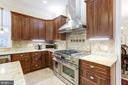 Double Oven with 6 Burner Stove - 11400 ALESSI DR, MANASSAS