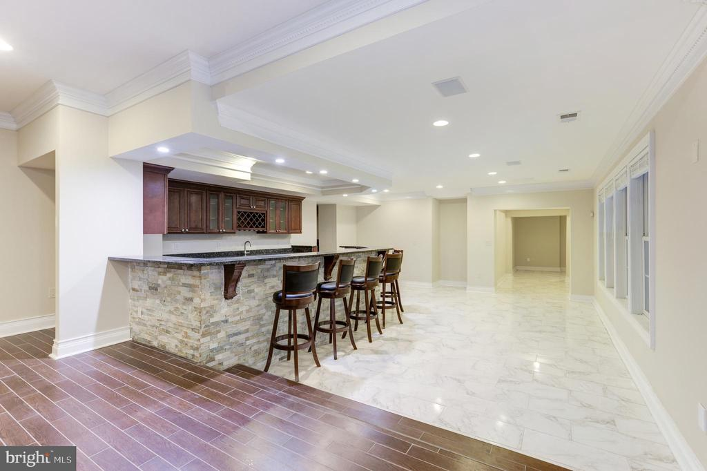 Such a Nice Entertainment Space! - 11400 ALESSI DR, MANASSAS